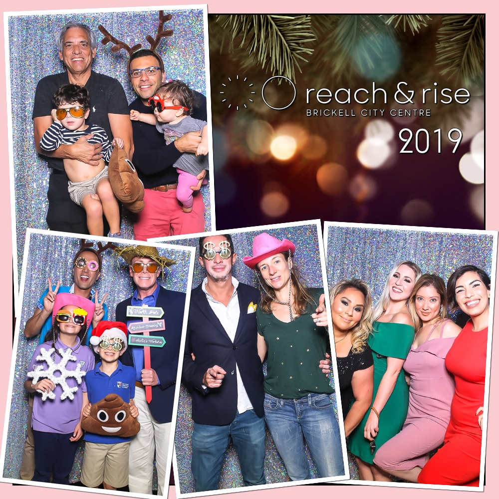 Holiday Photo Booth Fun!